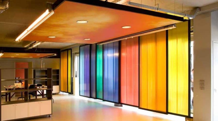 gekleurde panelen Apeldoorn de Passarel