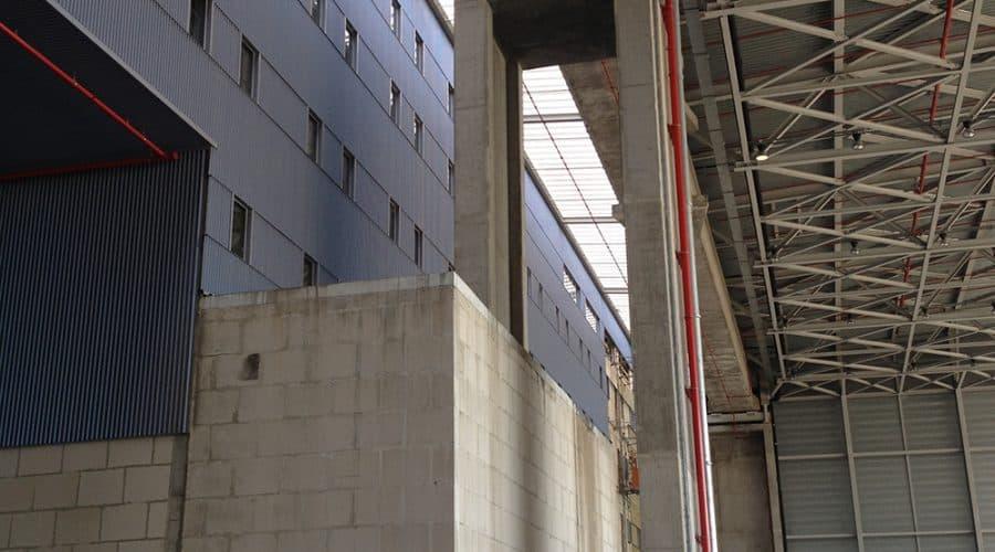 Zaventem Hangar Jetair daklicht gevels industriele deuren
